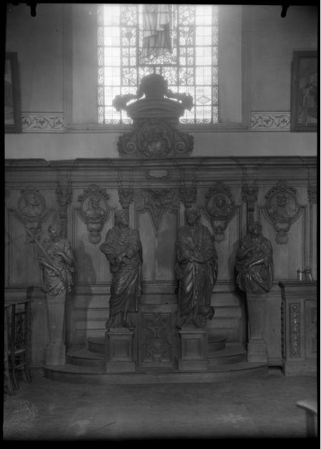 Religieus Meubilair - Biechtstoel Noord vooraan