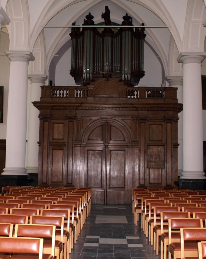 Religieus Meubilair - Portaalwand