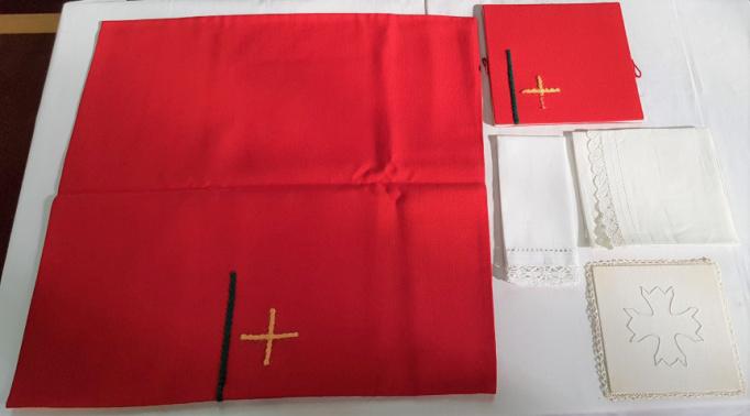 Religieus textiel - Kelkgerei